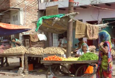 Strassenmarkt in Indien
